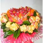 saldaininė širdis su rožėmis