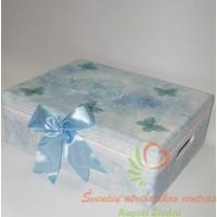 dekupažu dekoruota dėžė kriktynoms