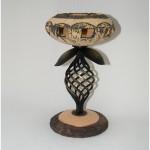 Šamotinė žvakidė, šeimos židinys su kalviška kojele