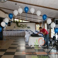 balionų arka salės papuošimas