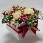 gėlės dėžutėje, gėlių dėžutė, geles i namus dezuteje