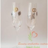 šampano taurės su pieštomis rožėmis