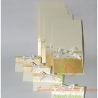 Kvietimas, stalo kortelė, auksinės detalės, pakvietimai
