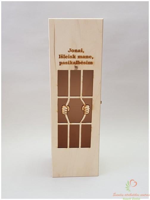 Graviruota vyno dėžė Jonai, išleisk mane