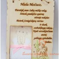 Medinis-pergamentas-mociutei-krikstynu-proga-1-1