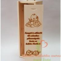 Krikštynų dovana, dėžutė vyno buteliui