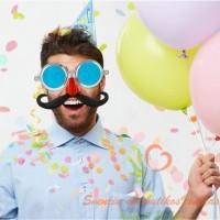 Didžiuliai akiniai su raudona nosimi ir ūsais, vakarėlio akiniai