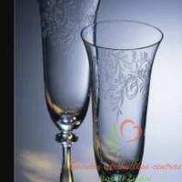Stiklo taurės šampanui graviruotos-tulpės formos