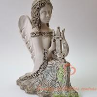 Angelas su arfa
